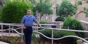IN 2005, BETA-THALASSEMIA PATIENT RIYAD ELBARD VISITED BEIRUT WHERE HE GREW UP DURING THE LEBANESE CIVIL WAR AND EXPERIENCED THE ANXIETY OF BLOOD SHORTAGES FIRSTHAND.