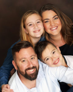 SARAH CANTU (TOP RIGHT) IS LIVING WITH MULTIPLE SCLEROSIS BUT DOESN'T ALLOW THE DISEASE TO DEFINE WHO SHE IS. SHE CONTINUES TO ENJOY LIFE WITH HER FAMILY DESPITE THE LIMITATIONS OF HER DISEASE.